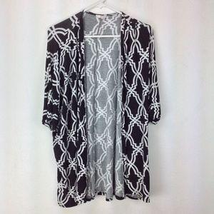 Black and white graphic print duster kimono